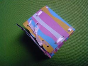 dompet karton