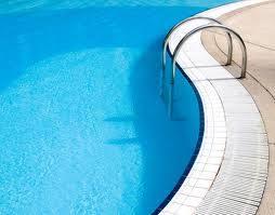 manfaat berenang saat hamil