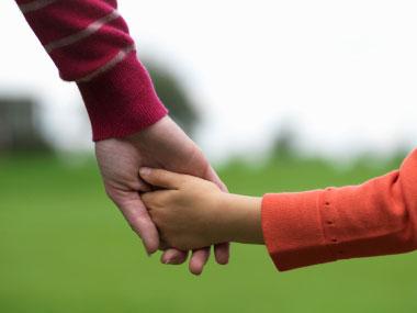 anak boleh bergaul dengan orangtua